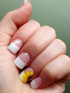 Simple spring nail design with sunflower #french #sunflower #simple #spring