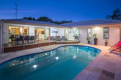 FAMILY OASIS at MERMAID, a Gold Coast Waterfront LUXURY WATERFRONT HOUSE | Stayz