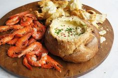 oldsheila's Seafood Cob will make the perfect appetiser at your long weekend festivities. Seafood Appetizers Seafood Appetizers Appetizers Appetizers for a crowd Appetizers parties Loaf Recipes, Fish Recipes, Seafood Recipes, Cooking Recipes, Savoury Recipes, Mexican Recipes, Seafood Platter, Seafood Appetizers, Gourmet