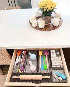 Baking drawer bliss by @riorganize. ✨✨ Are you baking this weekend?.📷: @riorganize........#iDesign #MyiDesign #iDLiveSimply #livesimply #createspace #minimalist #simple #minimal #minimalism #simplicity #lessismore #organization #organized #keepitsimple #homeorganizer #homeorganization #everythinginitsplace #professionalorganizer #yum #bake #decorating #pantry #cake #frosting #sugarhigh #sugarrush #baking
