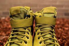"Nike SF-AF1 Mid ""Desert Moss Green"""