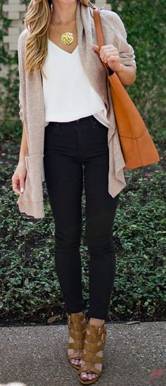 How to Wear Cardigan Look More Stylist https://fasbest.com/women-fashion/wear-cardigan-look-stylist/