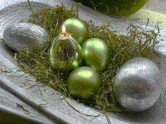 Osterdeko in Grün (Quelle: Kerzengüte)