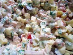 Kinkku-juusto-pastasalaatti 80:lle hengelle Sweet And Salty, Pasta Salad, Potato Salad, Healthy Recipes, Healthy Food, Food And Drink, Potatoes, Cooking, Ethnic Recipes