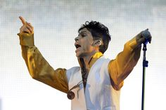 Prince+Rogers+Nelson | US singer and musician Prince (born Prince Rogers Nelson) performs on ...