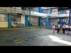 Ganame en piedra, papel o tijera - YouTube Summer Is Coming, Youtube, Basketball Court, Sport, Kids Ministry, Pranks, Plays, School, Rock Paper Scissors