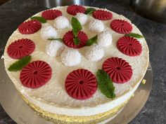 Cake, Desserts, Food, Strawberries, Homemade, Pies, Pie Cake, Meal, Cakes