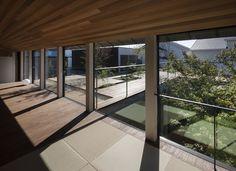 Acaa: Lifted-garden House