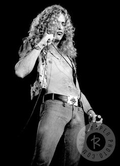 Robert Plant by Ron Pownall www.RockPaperPhoto.com