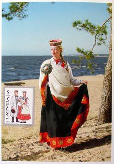 Latvia tautu meita.2 .
