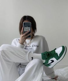 Chill Outfits, Retro Outfits, Mode Outfits, Cute Casual Outfits, Fashion Outfits, Beach Outfits, Nike Fashion, Vintage Outfits, Fashion Tips