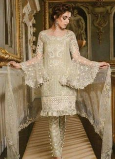 Maria B Embroidered Formal Winter Dresses Collection consists of best fancy adorned wedding and party wear suits in amazing designs & styles. Pakistani Couture, Pakistani Dress Design, Pakistani Designers, Pakistani Wedding Outfits, Pakistani Dresses, Indian Dresses, Shalwar Kameez Pakistani, African Traditional Dresses, Sharara