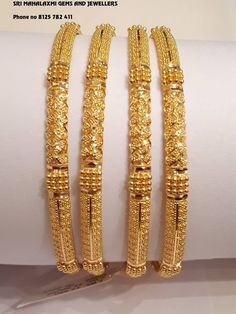 gold bracelets that truly are Amazing. Plain Gold Bangles, Gold Bangles For Women, Gold Bangles Design, Gold Jewellery Design, Gold Bracelets, Silver Bangles, Indian Bangles, Diamond Jewellery, Jewelry Design Earrings