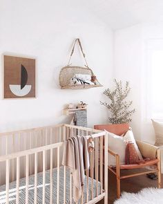 A nursery so posh and Californian we can hardly tell it's a nursery! #everydayIBT by @caro_kmartin