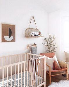 21 New Ideas baby room paint ideas accent walls cribs Baby Nursery Decor, Baby Bedroom, Nursery Neutral, Nursery Design, Baby Decor, Nursery Room, Girl Nursery, Kids Bedroom, Nursery Ideas