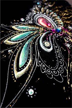 zeiko / čierno - zlatá abstrakcia Hand Painted Dress, Textiles, Brooch, Painting, Jewelry, Fashion, Moda, Jewlery, Jewerly