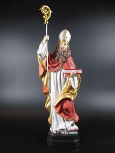 Wußten Sie, daß der heutige Nikolaus auf den Heiligen Bischof Nikolaus von Myra zurückzuführen ist? Er half notleidenden Menschen und ist der Schutzpatron der Kinder, Schüler und Schiffsleute. Er steht für Nächstenliebe, selbstlosem Schenken und Teilen und dafür, Freude zu schenken.