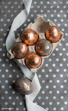 DIY Copper Eggs by MichaelsMakers Lia Griffith