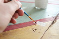 a detailed guide on how to paint a vintage sign like a pro! via IBC