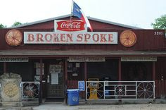The Broken Spoke in Austin - a famous honky tonk less than a 1/2 mile walk from our new house... yeehaw.