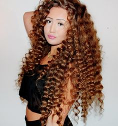 1000 images about hair on crimped crimp curly hairstyles Weave Hairstyles, Pretty Hairstyles, Straight Hairstyles, Short Curly Hair, Curly Hair Styles, Natural Hair Styles, Curly Girl, Beautiful Long Hair, Gorgeous Hair