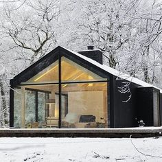 Insert us here. Oisterwijk, The Netherlands Bedaux de Brouwer Architecten + Inte… Insert us here. Oisterwijk, The Netherlands Bedaux de Brouwer Architecten + Interior Design by Photo by Isidoor van Esch and Rein Janssen Cabins In The Woods, Black House, Exterior Design, Black Exterior, Cafe Exterior, French Exterior, Exterior Signage, Modern Architecture, Seattle Architecture