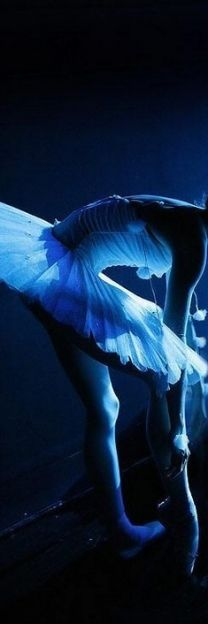 Blue  ~ Ʀεƥɪииεð вƴ╭•⊰✿ © Ʀσxʌиʌ Ƭʌиʌ ✿⊱•╮