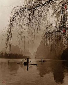 Don Hong-Oai: his landscape photos resemble traditional Chinese paintings