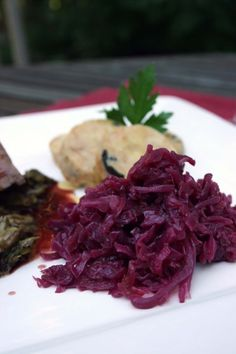 Red Cabbage in Red Wine Sauce Recipe for Passover – 1 Point Value