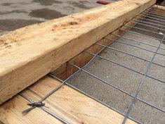 DIY Wooden Garden Fence Gate Pictures) - Our Homestead Life Diy Backyard Fence, Diy Garden Fence, Wooden Garden, Garden Gates, Wooden Diy, Wooden Fences, Metal Fence, Patio, Backyard Landscaping