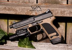 HK USP9 Tan Speed up and simplify the pistol loading process with the RAE Industries Magazine Loader. http://www.amazon.com/shops/raeind