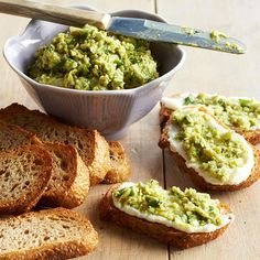Try this easy Edamame and Ricotta Toasts appetizer! Full recipe here: http://www.bhg.com/christmas/recipes/25-minute-or-less-holiday-appetizers/?socsrc=bhgpin091114edamameandricottatoasts&page=2