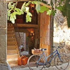 Tour this cozy mountain refuge in the village of Madremanya, Spain.