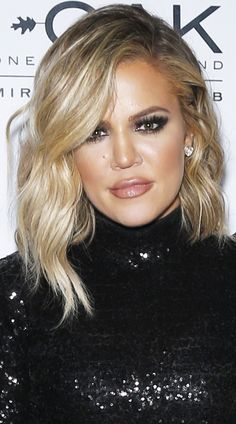 Khloe Kardashian short hair