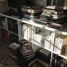 Image about home in Book/Reading📚 by OceanDream Book Aesthetic, Aesthetic Themes, Study Motivation, My New Room, Book Nerd, Slytherin, Bookshelves, Bookcase, Book Worms