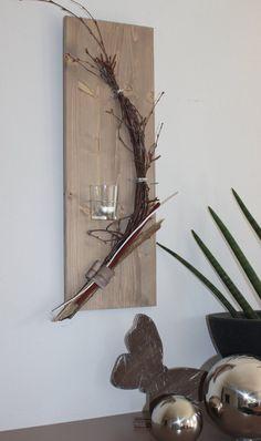 Wanddeko aus neuem Holz! Wandbrett, natürlich dekoriert mit einem Teelichtglas! Preis 19,90€