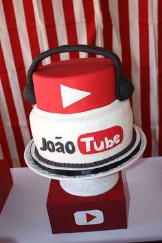 YouTube Cake from a YouTube Themed Birthday Party on Kara's Party Ideas | KarasPartyIdeas.com (11)  #kidspartyideas #youtubeparty #youtube  #boybirthdayparty #8thbirthdayparty #uniquepartyideas