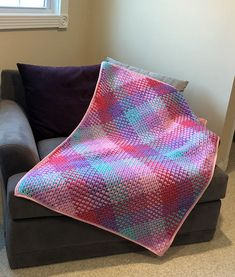 This crochet plaid blanket is perfect for any occasion - holidays, birthdays, baby showers, or just because! It is a beautiful plaid pattern and comes in a variety of colors and sizes!  Baby or Lap Blanket: 30 x 40 Small Throw: 40 x 52 Large Throw: 50 x 64  Processing times will