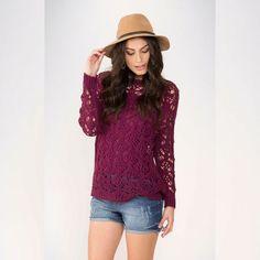 Que Perfeição!!   Short Jeans  COMPRE AGORA!  http://imaginariodamulher.com.br/look/?go=2bXA2NT #comprinhas