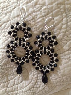 FREE PATTERN TUTORIAL Will be on our ETSY site this week. thebeadnikdivas