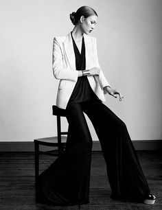 Long-Legged Workwear Shoots : karlie kloss vogue uk