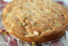 Opskrift på en lækker og nem rabarberkage - Blomsterkager