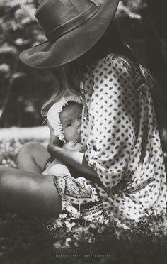 Tall Grass Photography by Chantal | Motherhood | Breastfeeding | Mother-Daughter | Self Portrait