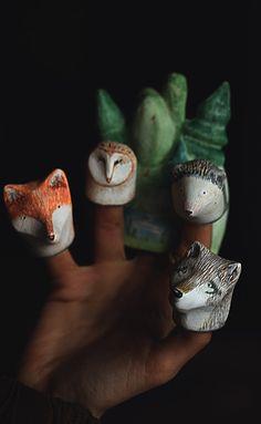 Finger puppet theater for children and adults  http://www.masharazner.ru/marya_i_fotinya/igrushki/iron_mercy/