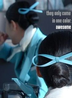 korean air flight attendant hair bows