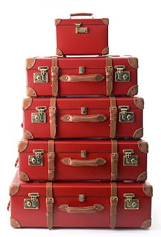 [Modern] Vintage, Globe-Trotter Luggage - Made in England on original Victorian . [Modern] Vintage, Globe-Trotter Luggage - Made in England on original Victorian machinery Vintage Suitcases, Vintage Luggage, Vintage Bags, Peppermint Bliss, Josie Loves, I See Red, Red Pictures, Simply Red, Red Aesthetic