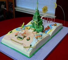Wizard of Oz themed cake via Cake Wrecks