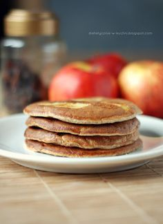 Moje Dietetyczne Fanaberie: Owsiane placuszki z jabłkami