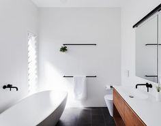 This one is from Melbourne's @cosinteriors. Throw in some black tapware. Add a pop of greenery ...PERFECTION