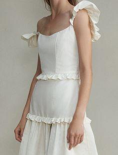 White Gowns, White Dress, Ruffle Trim, Ruffles, Winter Bride, Virtual Fashion, Bridal Shoot, Amai, Corset